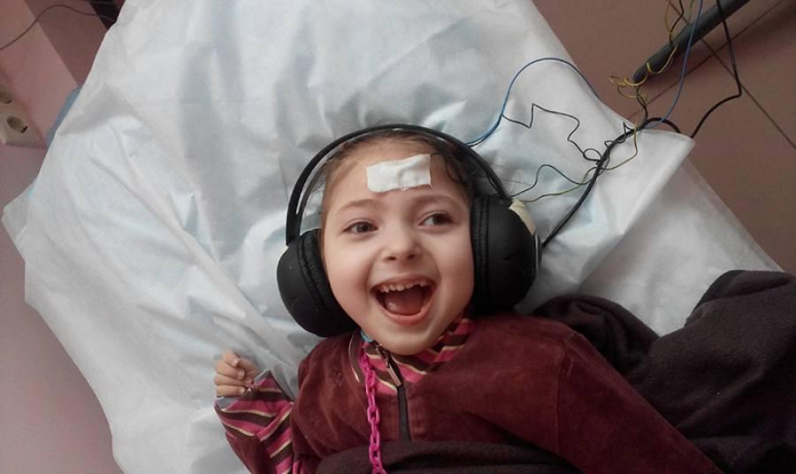 C просьбой о помощи обращается мама 4-летней Эли