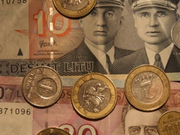 Беларусбанк в декабре прекращает работу с литовским литом